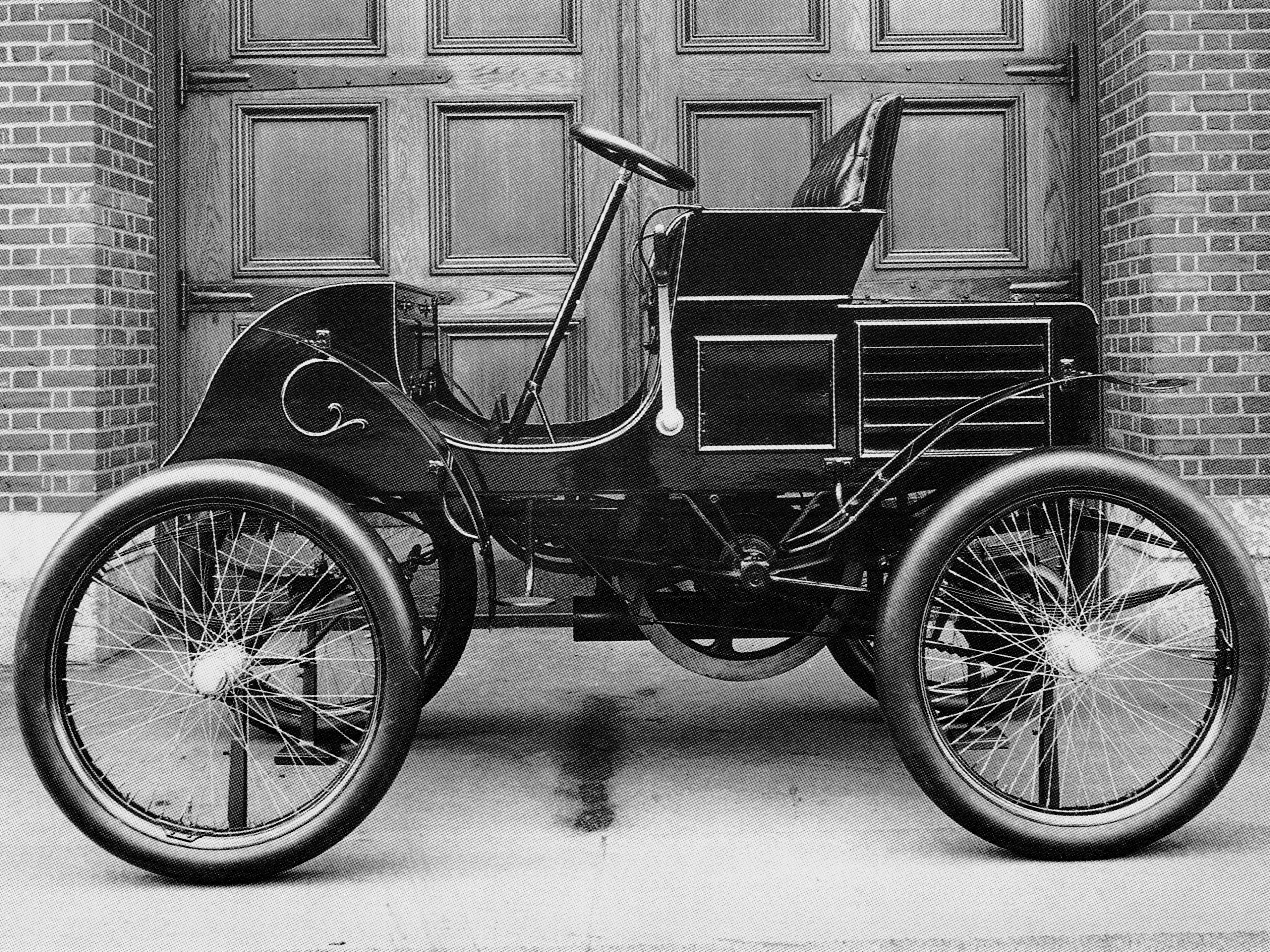 who made the first car ever | Carsjp.com